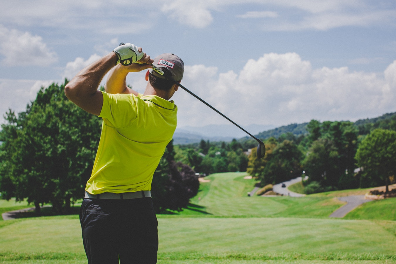 Enjoy Golfing? That Means You Are Also Enjoying These 4 Health Benefits